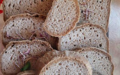 Glutenfreies Veganes Brot backen – so geht's!